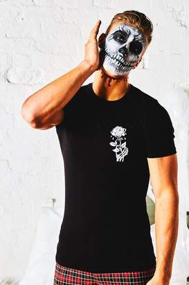 boohoo Halloween Muscle Fit T-Shirt With Rose Print
