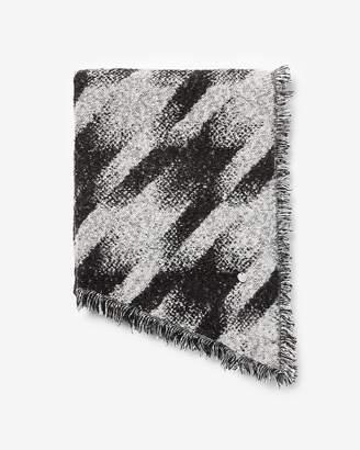 Express Marled Houndstooth Blanket Scarf