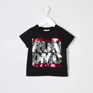 d8d515cd85d8 River Island Mini girls Black sequin 'Run DMC' T-shirt