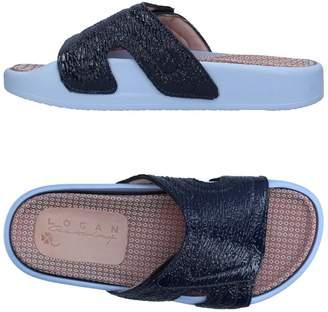 Logan CROSSING Sandals