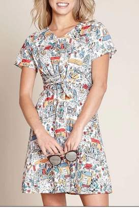 Yumi Retro Traveler Dress