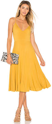 House of Harlow 1960 x REVOLVE Freya Dress in Mustard $168 thestylecure.com