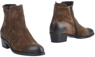 Alexander Hotto Ankle boots - Item 11315459NI
