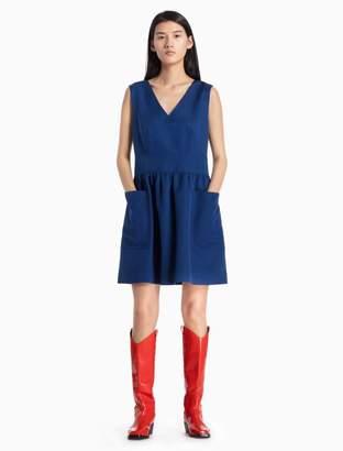 Calvin Klein silk v-neck sleevless patch pocket dress
