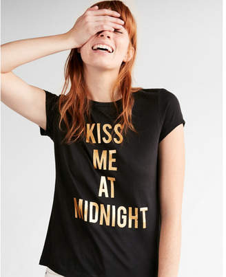 Express kiss me at midnight graphic tee