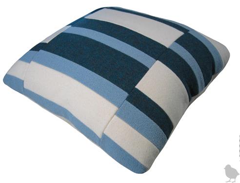 Wallter Bar pillows