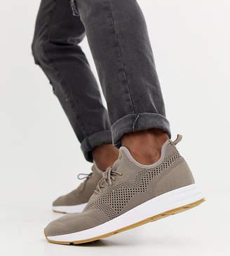 Pull&Bear knitted runner sneakers in khaki