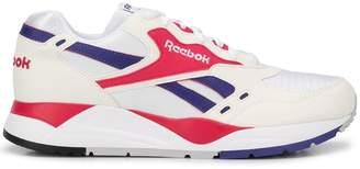 Reebok panel running sneakers