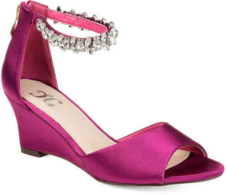 Journee Collection Connor Wedge Sandal - Women's