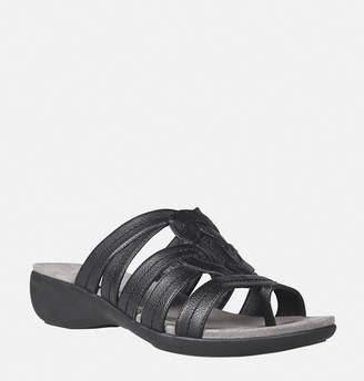 Avenue Tate Thong Slide Sandal