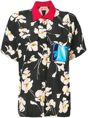 No.21 contrasting collar blouse