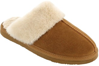 Minnetonka Cesney Scuff Style Slippers