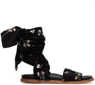 Marques Almeida Marques'almeida Black floral embroidered wrap sandals