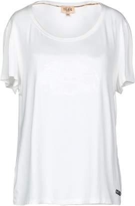 Alviero Martini T-shirts