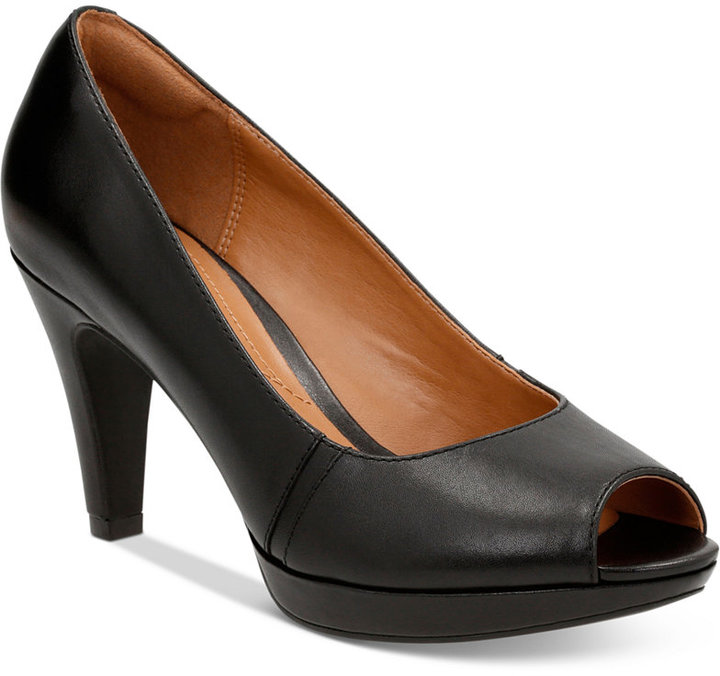 Clarks Clarks Collection Women's Narine Rowe Pumps