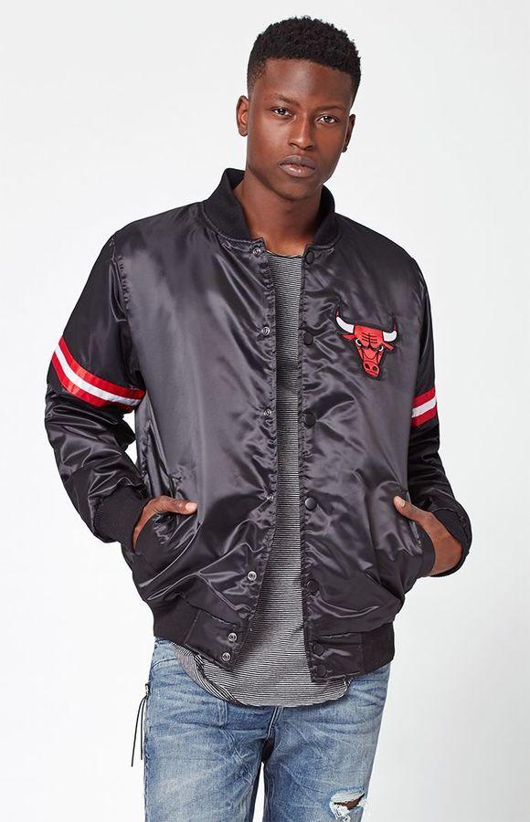 Starter Chicago Bulls Satin Black Bomber Jacket