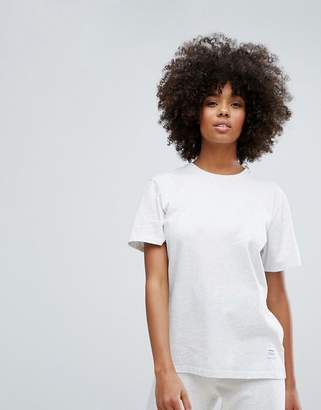 Converse Essentials Premium Loose Fit T-Shirt