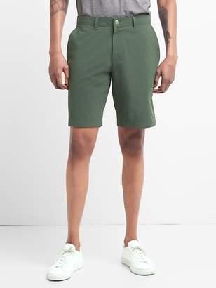 """Gap GapFit 10"""" Hybrid Khaki Shorts with GapFlex"""
