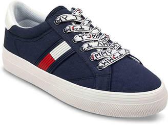 Tommy Hilfiger Fantim Sneaker - Women's