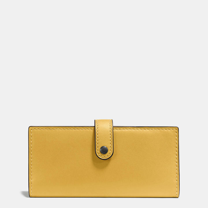 Coach   COACH Coach Slim Trifold Wallet In Glovetanned Leather