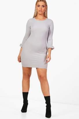 boohoo Plus Gill Rib Frill Cuff Basic Bodycon Dress