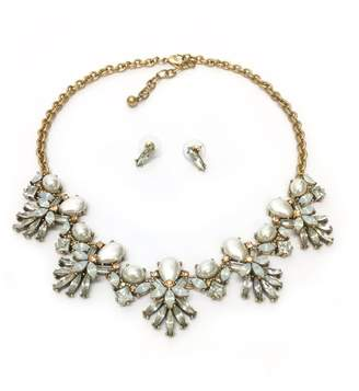 Jchronicles Pearl Statement Necklace