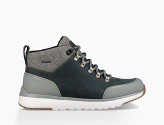 UGG Olivert Boot