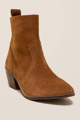 Report Aisha Suede Ankle Boot - Cognac