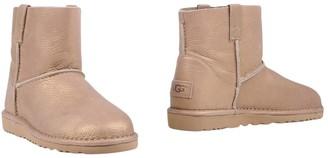 UGG Ankle boots - Item 11378974GJ