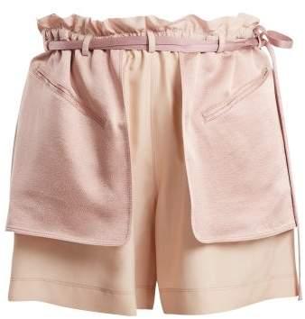 Contrast-pocket elasticated-waist shorts