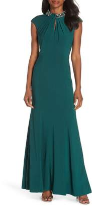 Vince Camuto Cap Sleeve Gown