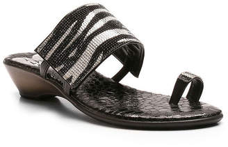 LOVE AND LIBERTY Love And Liberty Womens Symone-Ll Wedge Sandals