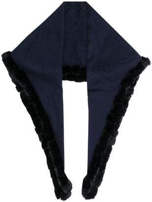 N.Peal fur edge triangular scarf