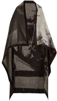 Mary Mccartney - Listen Print Wool And Silk Blend Blanket Scarf - Womens - Black White