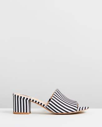 ICONIC EXCLUSIVE - Lily Mules