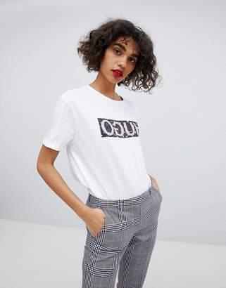 HUGO Reverse Signature Camo T-Shirt