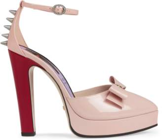 1681293fb576 Free 2-Day Shipping at Gucci · Gucci Patent leather pump with bow