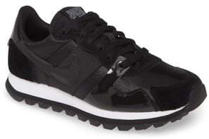 Nike V-Love O.X. Sneaker