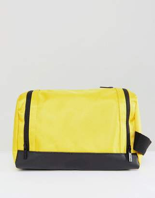 11 Degrees Toiletry bag In Yellow