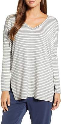 Lou & Grey Signaturesoft V-Neck Tunic Top