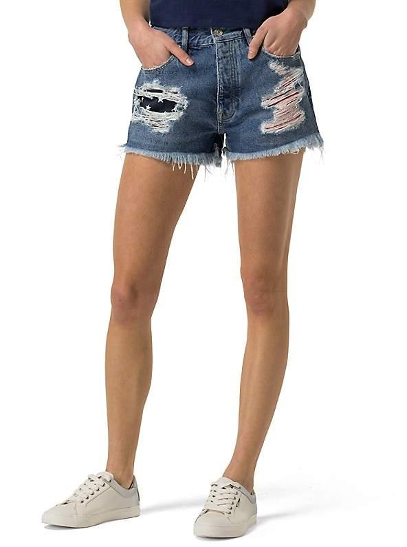Tommy HilfigerTommy Jeans Destroyed Denim Short