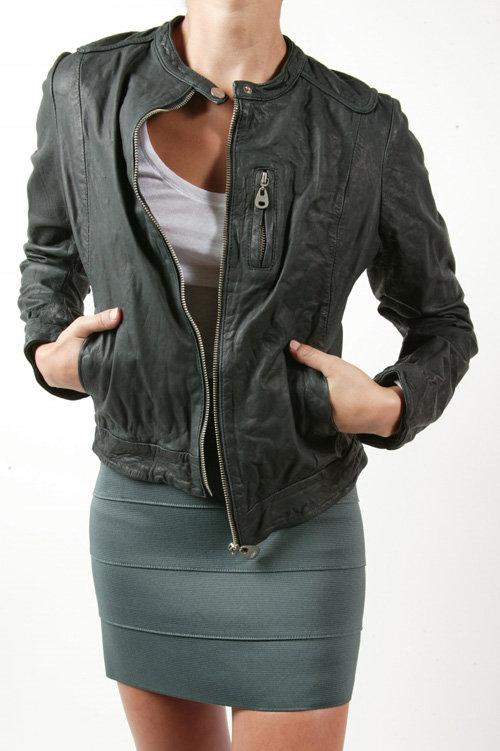 Doma Straight Line Leather Jacket – Black