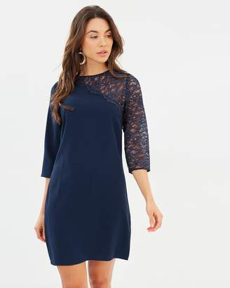 Dorothy Perkins Lace Asymmetric Shoulder Shift Dress