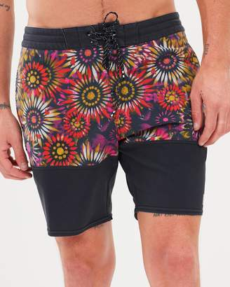 Billabong Sundays Split Shorts