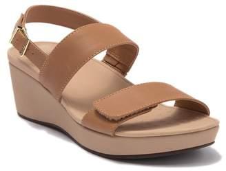 Vionic Lovell Platform Wedge Sandal