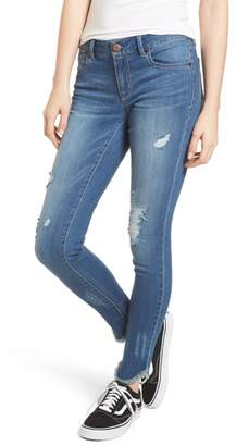 1822 Denim Raw Edge Skinny Jeans