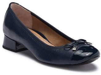 Vionic Daphne Cap Toe Loafer - Wide Width Available