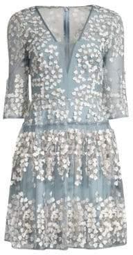 BCBGMAXAZRIA Women's V-Neck Applique Cocktail Dress - Frost - Size 0