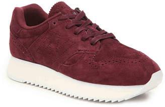 New Balance 520 Platform Sneaker - Women's