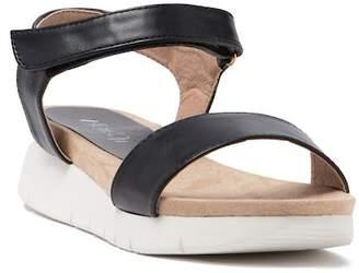 Refresh Mady Solid Sandal
